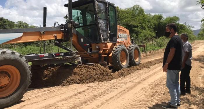 Prefeitura segue com recuperação de estradas